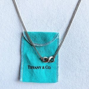 Tiffany & Co Infinity Knot 925 Pendant Necklace